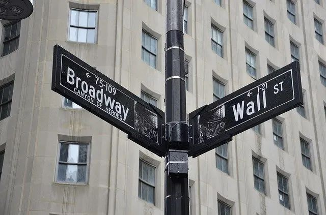 美银最新月调:过半投资者预计美国大选结果将现争议 Q4市场波动加剧