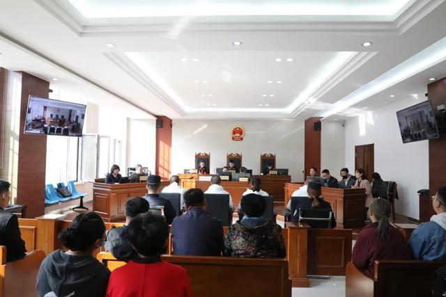 【扫黑除恶】固阳县人民法院依法公开开庭审理一起涉恶案件图片