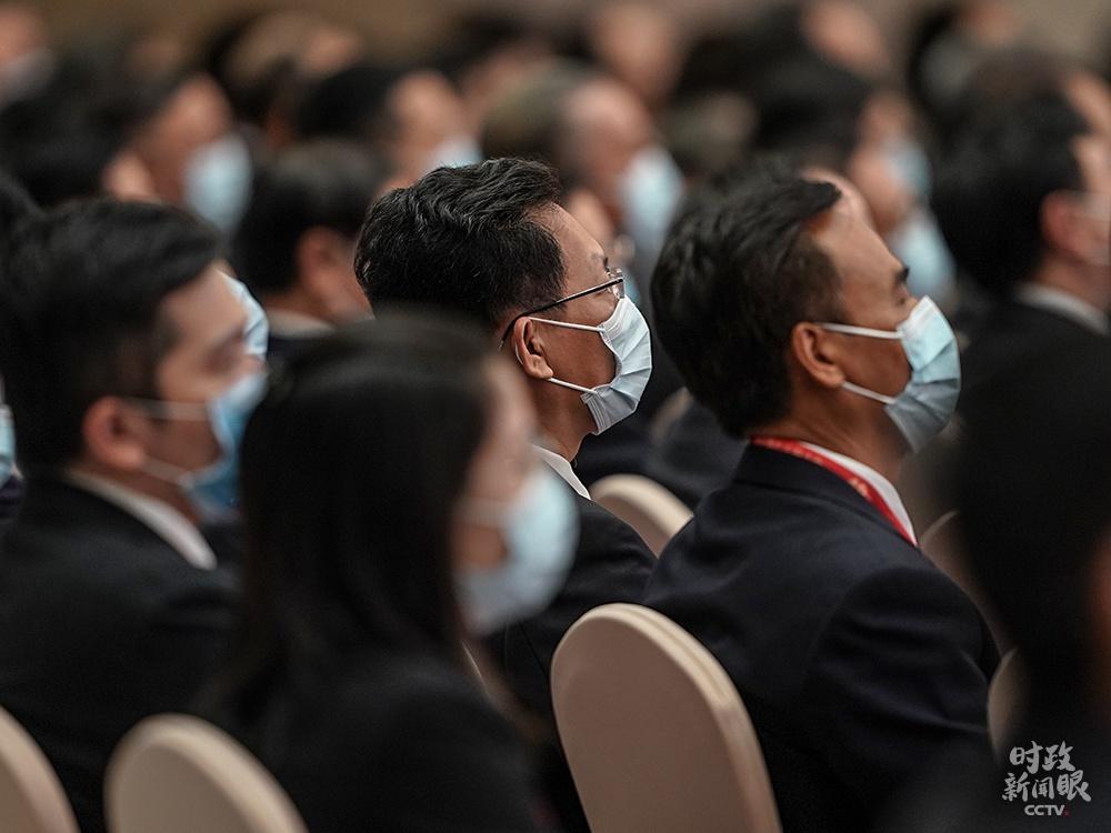 △加入庆贺大会的代表(总台国广记者李晋拍摄)