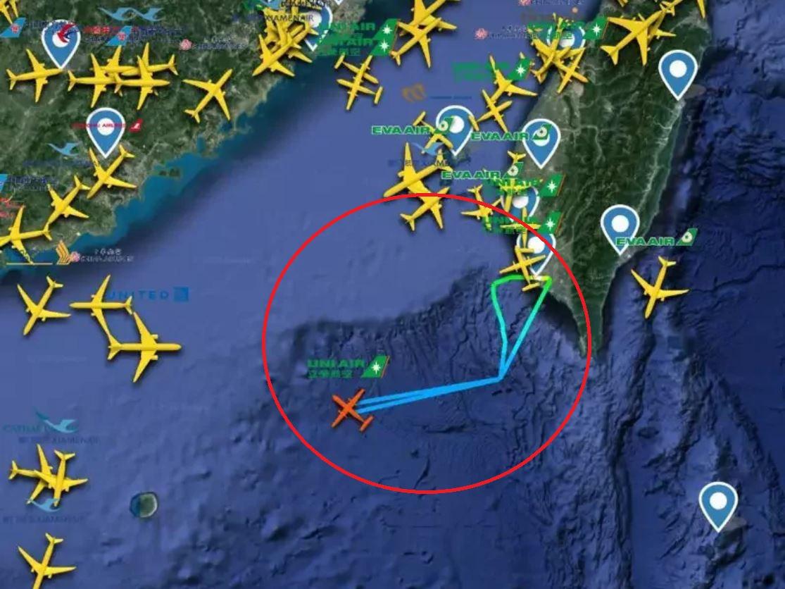 台军包机飞东沙 被香港区管中心要求返航图片
