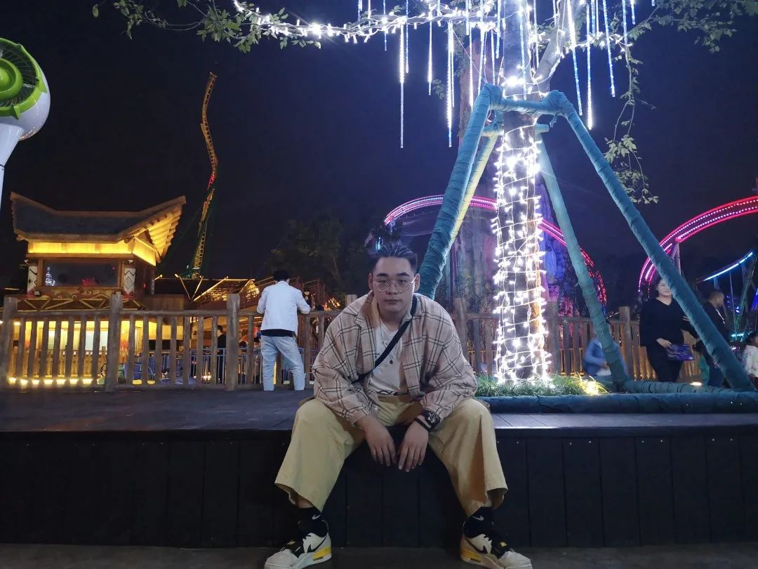 10月17日 重庆大学第四届绿春品牌推广大赛之电商直播大赛