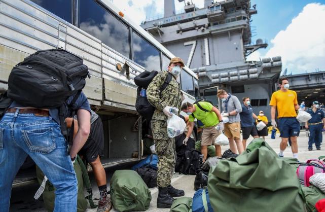 美国罗斯福号航母上又有两人确诊新冠 年初舰上超千人中招