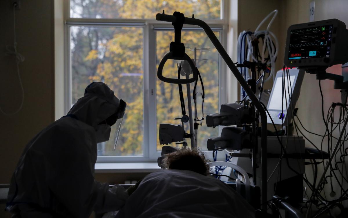 乌克兰累计确诊293641例新冠肺炎病例 日增超6000例