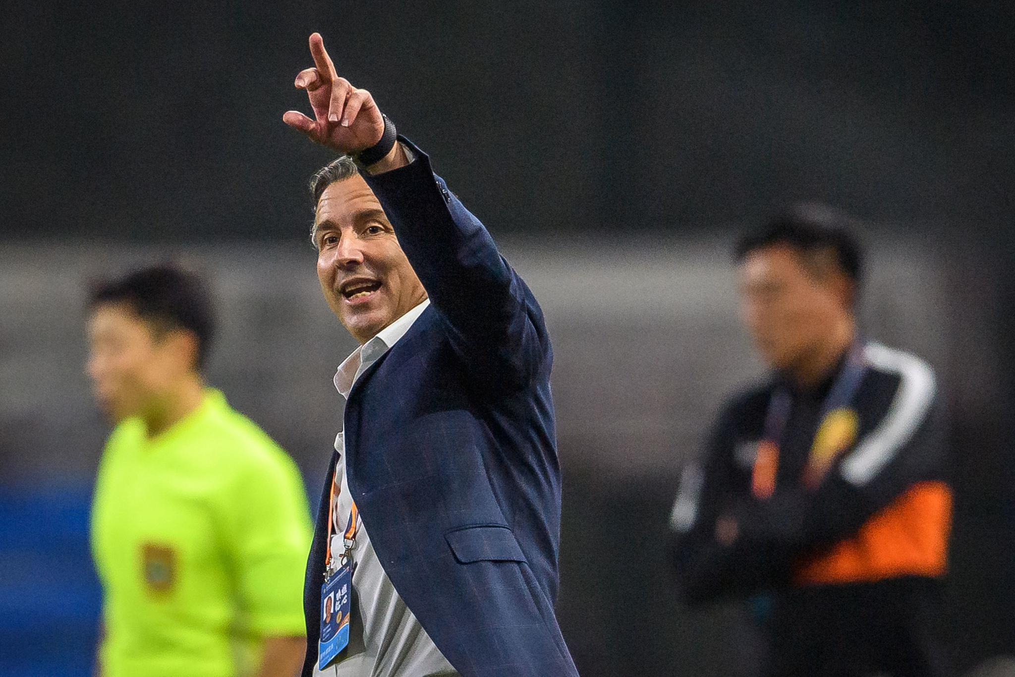 哈维尔:虽然赢球仍不能放松,舒尼奇是优秀的职业球员