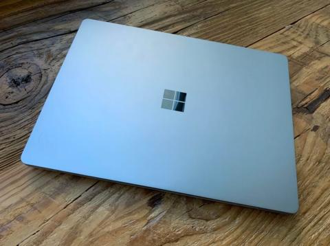 微软发布的新surface,硬爆了!