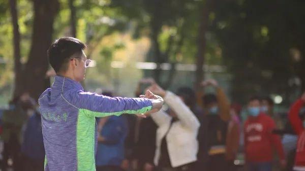 115周年校庆日 | 中国农大首届教职工校园迷你马拉松火热开赛图片