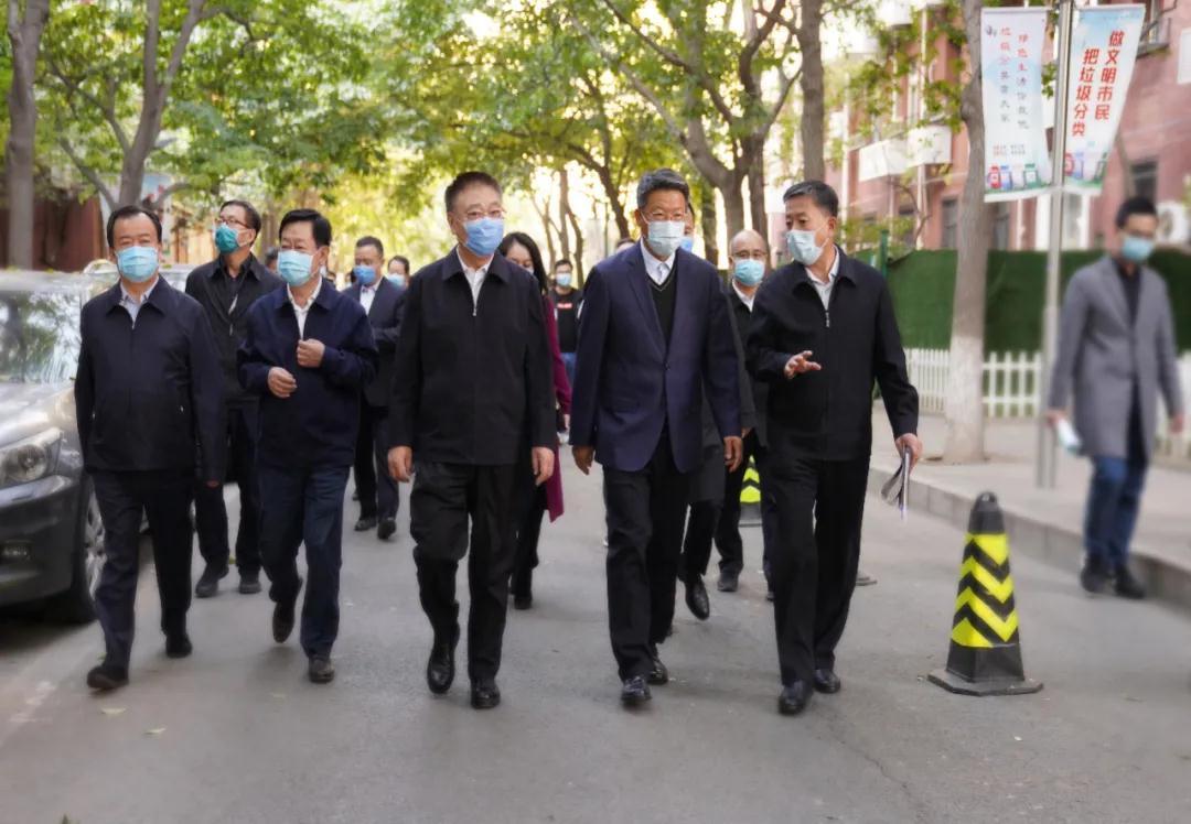 李宝荣赴中央国家机关老旧小区和集中办公区调研