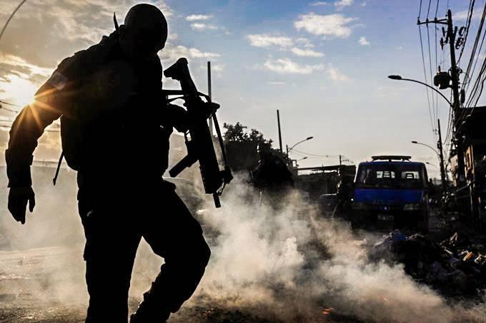 巴西里约发布武装团伙地图 超过50%人口生活在武装分子控制区域