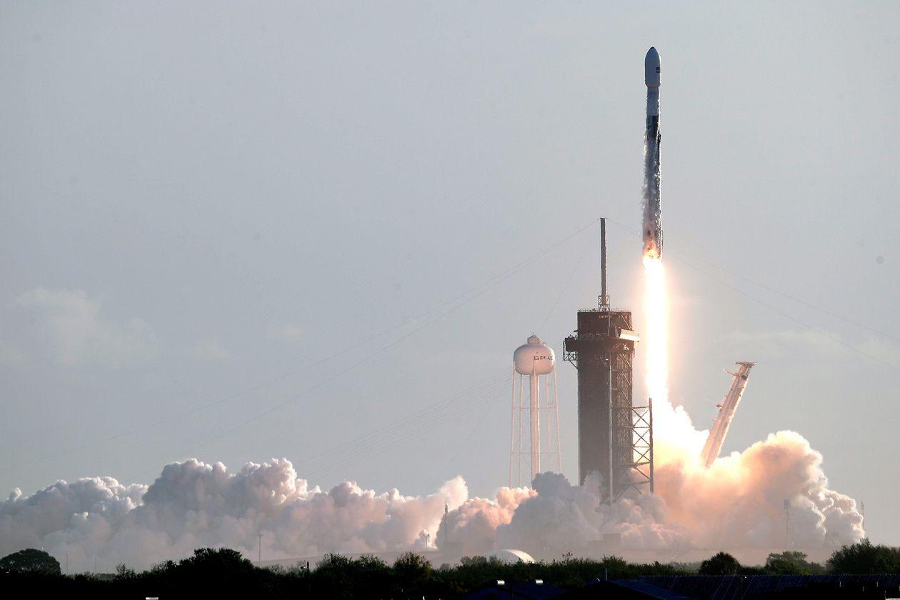 微软携手SpaceX 将推出基于卫星的云服务对抗亚马逊
