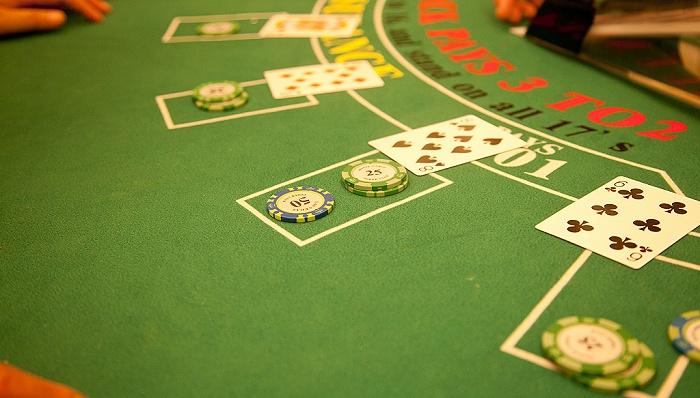 """央行公安联手破获300亿大案!""""荷官在线发牌""""背后,参赌者的钱这样被洗白…"""