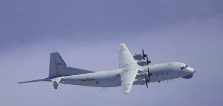 绿媒:解放军军机上午两度进入台西南空域图片