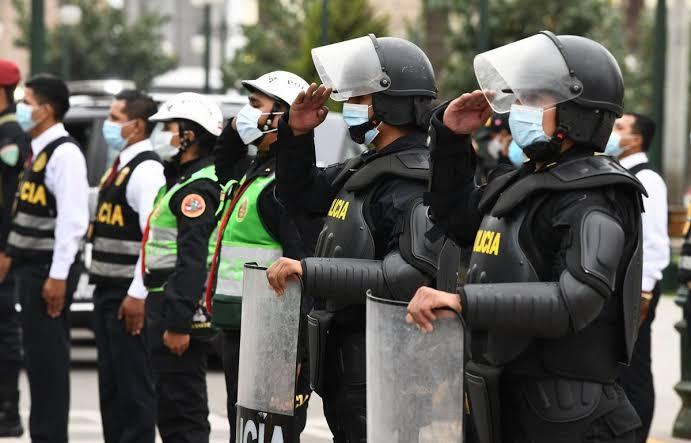 秘鲁逾3.3万名警务人员感染新冠 506人不幸离世