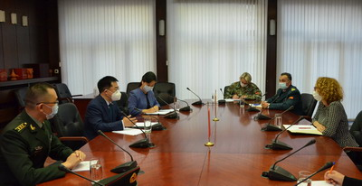 驻北马其顿大使张佐会见北马国防部长谢凯琳斯卡