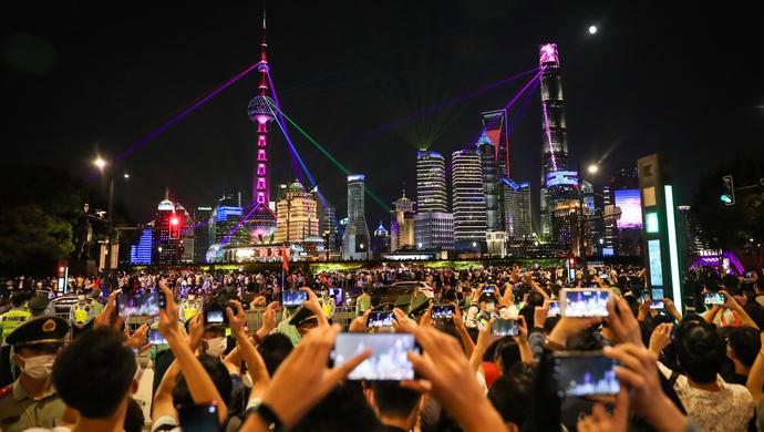 """【上海一周】这项特殊""""转型"""",为何成为上海的高频议题图片"""