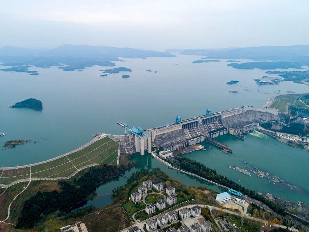 湖北丹江口水庫大壩。新華社記者熊琦攝