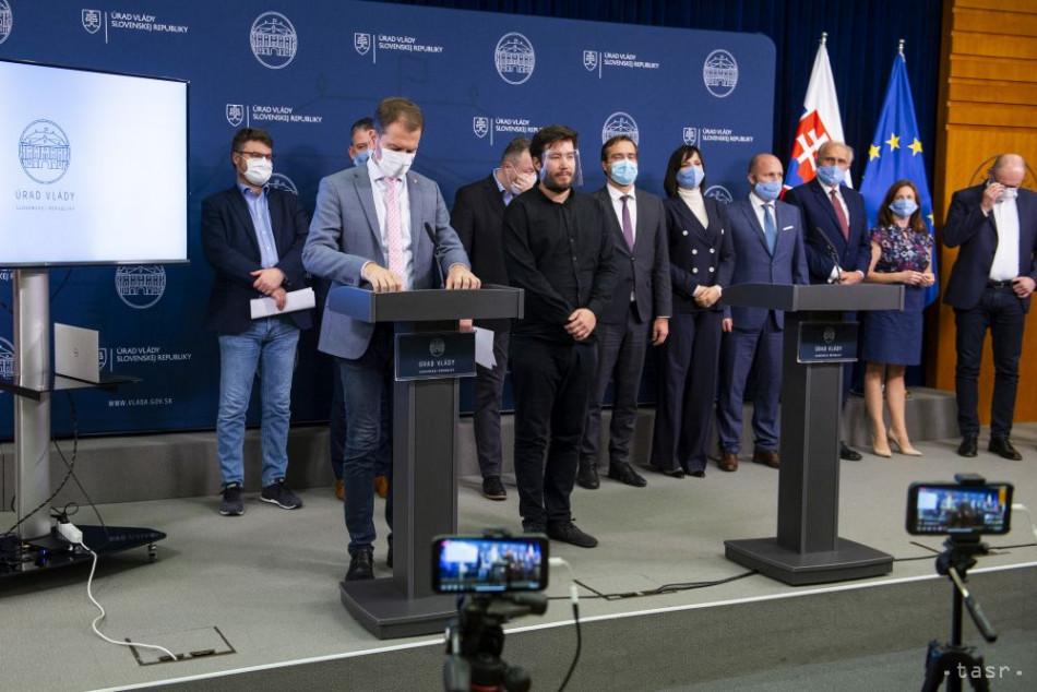 """斯洛伐克日增感染病例居高不下 全国实施""""禁足令"""""""