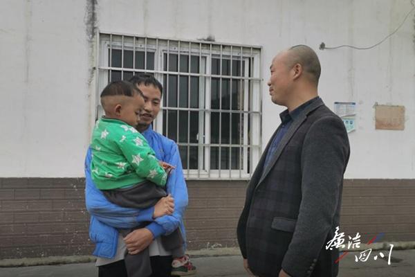 """古蔺县:从给贫困户当""""管家""""到成为""""家庭的一员""""图片"""