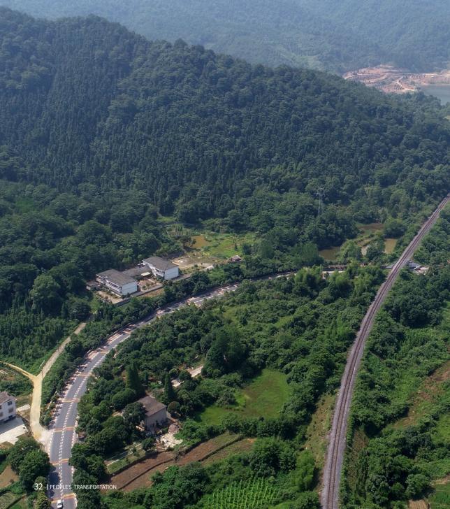 江西省新余市396个建制村全部实现通客车图片