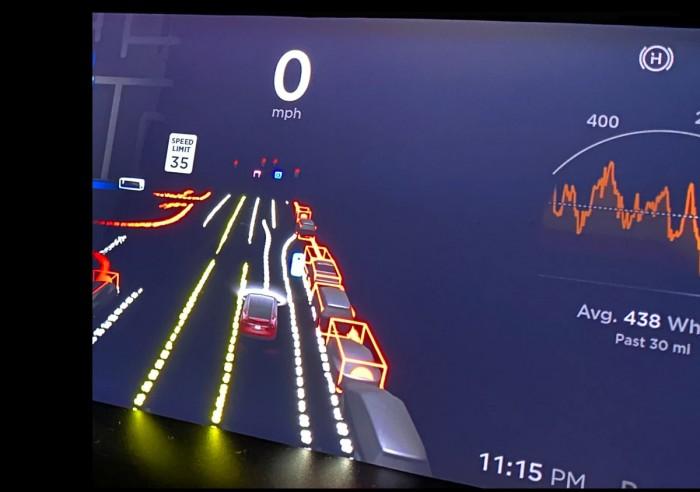 特斯拉全自动驾驶beta版测试视频曝光