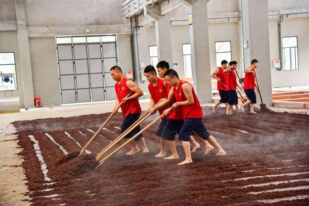 郎酒2万吨新产能投产 赤水河流域酱酒竞夺加剧