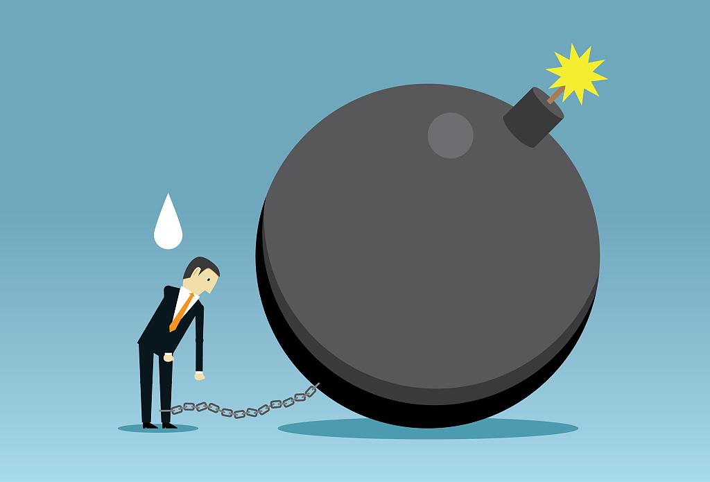 这一军工股暴雷!实控人被查,净利减近八成,股价两日跌30%