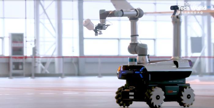AR加持 5G网络远程控制:联想首款自研工业机器人亮相