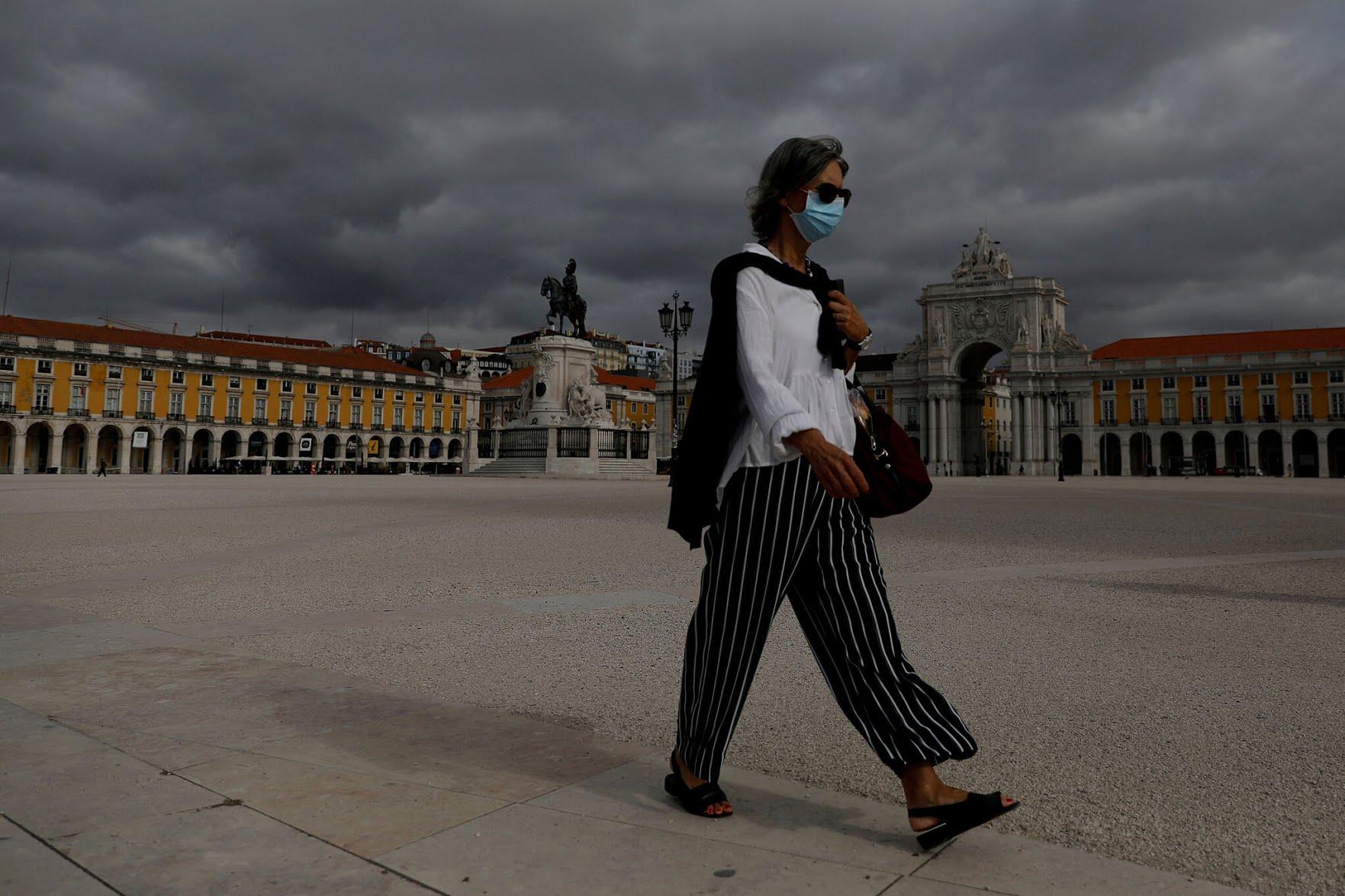 葡萄牙强制10周岁以上公民室外佩戴口罩 违反者或被罚款500欧元