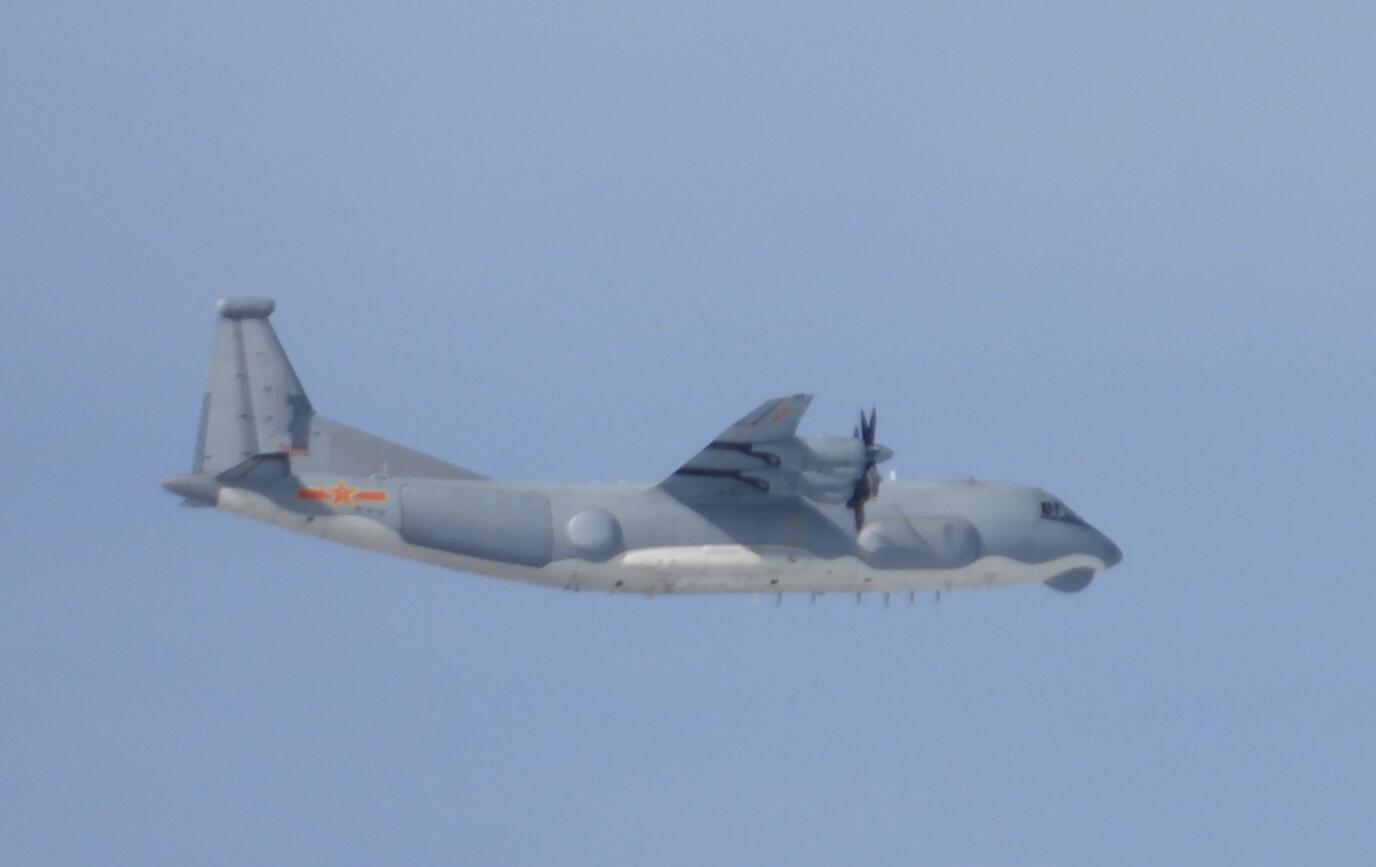 台军:解放军一架运-9通讯对抗机进入台湾西南空域图片