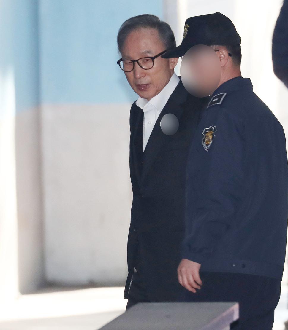 听到终审被判17年 李明博怒斥:韩国法治崩溃了!