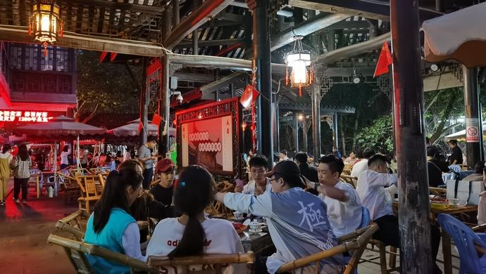 成都到西安,诸葛亮走了一辈子,现在只要3小时|坐着高铁看中国图片