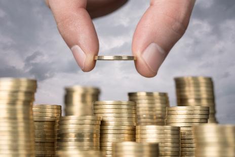 """3.3万亿资本缺口待补 银行业补充资本将是一场""""马拉松"""""""