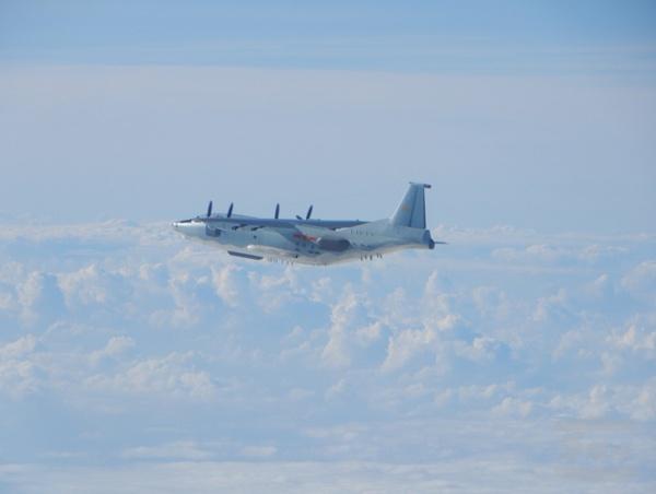 台军:两架解放军军机今日进入台西南空域图片