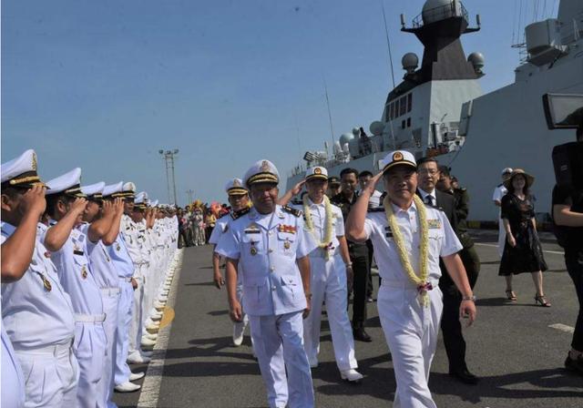 巴铁一阵欢呼:中国若在柬埔寨建立永久军港,能停2个航母打击群