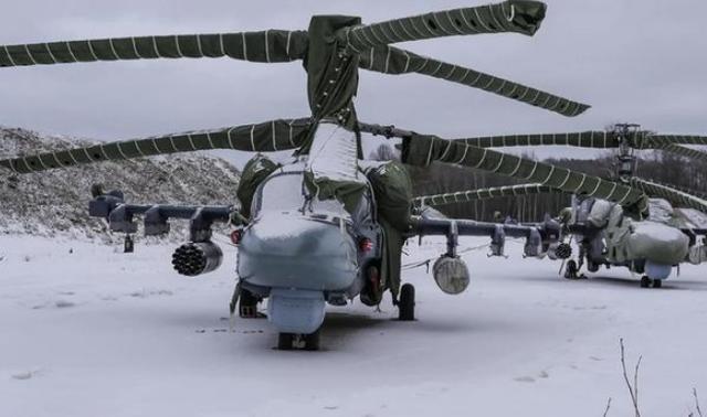 摄影师潜入俄军基地大肆拍照 绝密装备轻易曝光