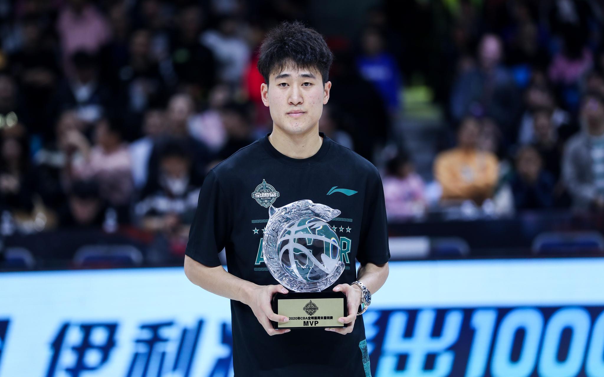 """姜伟泽当选星锐赛MVP,手感火热冲击""""三分王""""图片"""