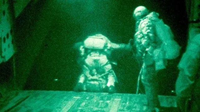 美海豹突击队行动细节曝光:击毙六人,特种兵无伤亡