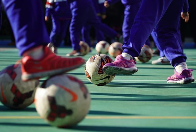 北京市教委:正论证中小学每周增加一节体育课