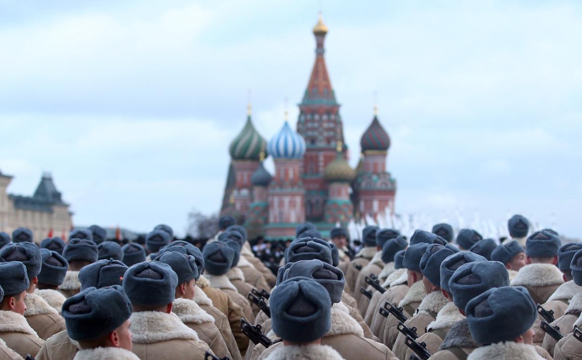 受疫情影响 俄罗斯取消11月7日红场阅兵
