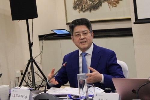 副外长:中国没有占别人的便宜也没做对不起人的事