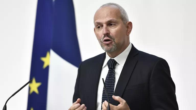 法国公共卫生署署长:第二次疫情最高峰即将到来