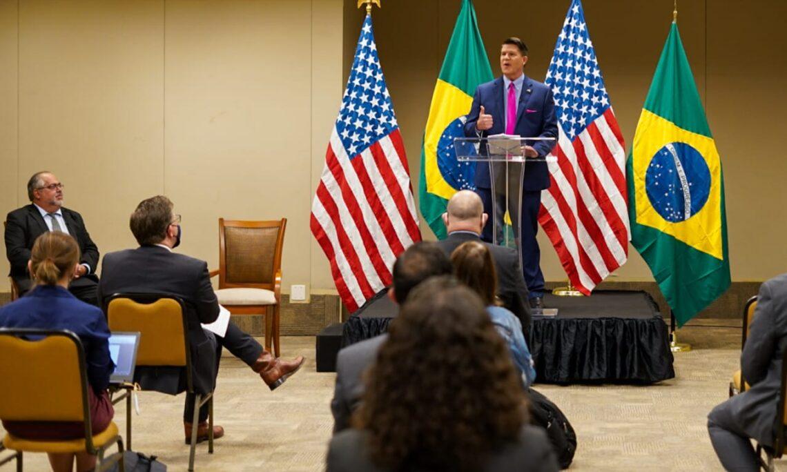 图自美国驻巴西大使馆网站