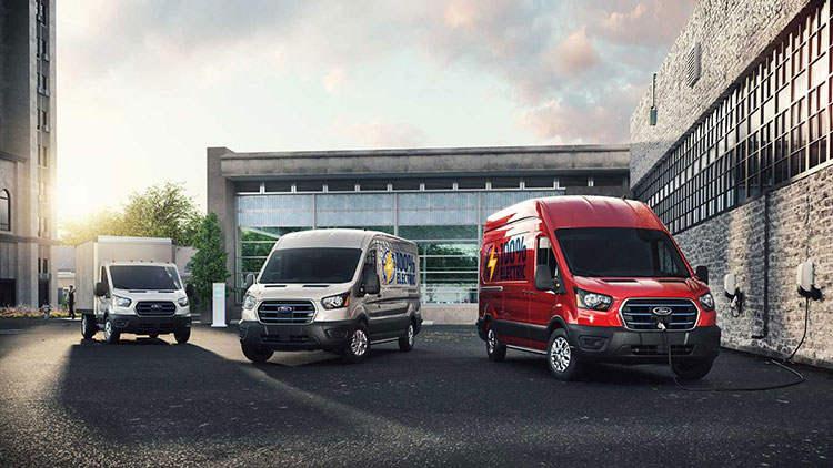 续航里程约203公里/无乘用版本 福特E-Transit正式发布