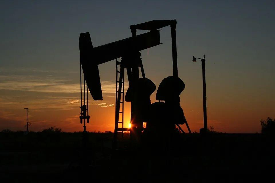 钟健:油价横盘已久的原因是什么?