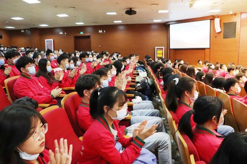 媒体声音 |《学习强国》:全国道德模范董明走上天津理工大学思政教育讲堂