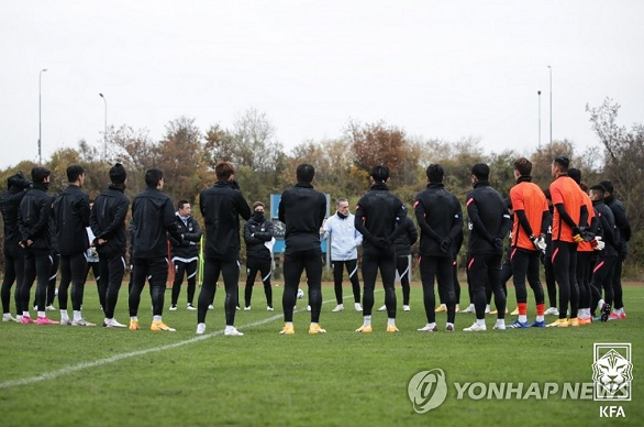 韩国男足四名球员新冠病毒检测呈阳性