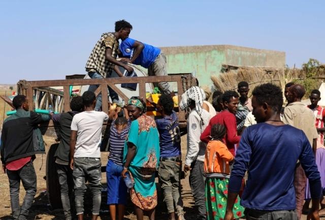 苏丹设置8个安置点接收埃塞俄比亚涌入的难民
