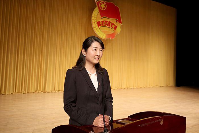 37岁的她 任云南丽江副市长图片
