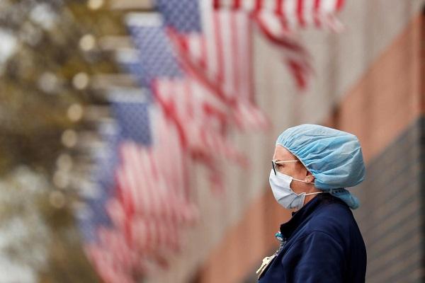 """全球疫情:累计确诊逾5475万例 美国疫情已达""""巨大灾难""""级别"""