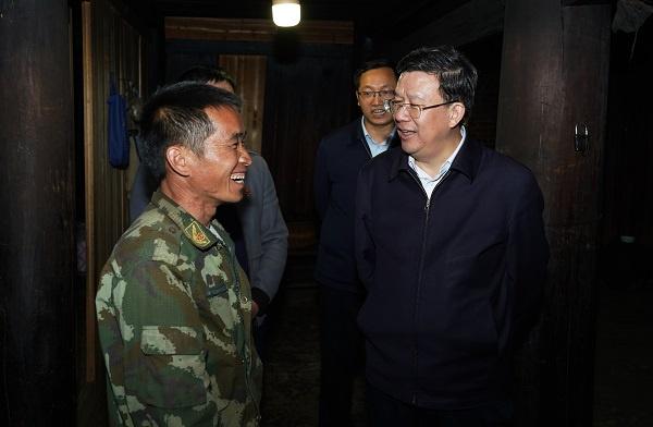 夏红民在从江县宣讲党的十九届五中全会精神并督战脱贫攻坚工作时强调图片