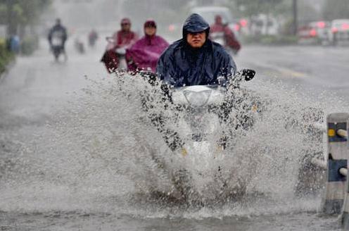 降雨超50毫米 济南市21处雨量站点达到暴雨级别